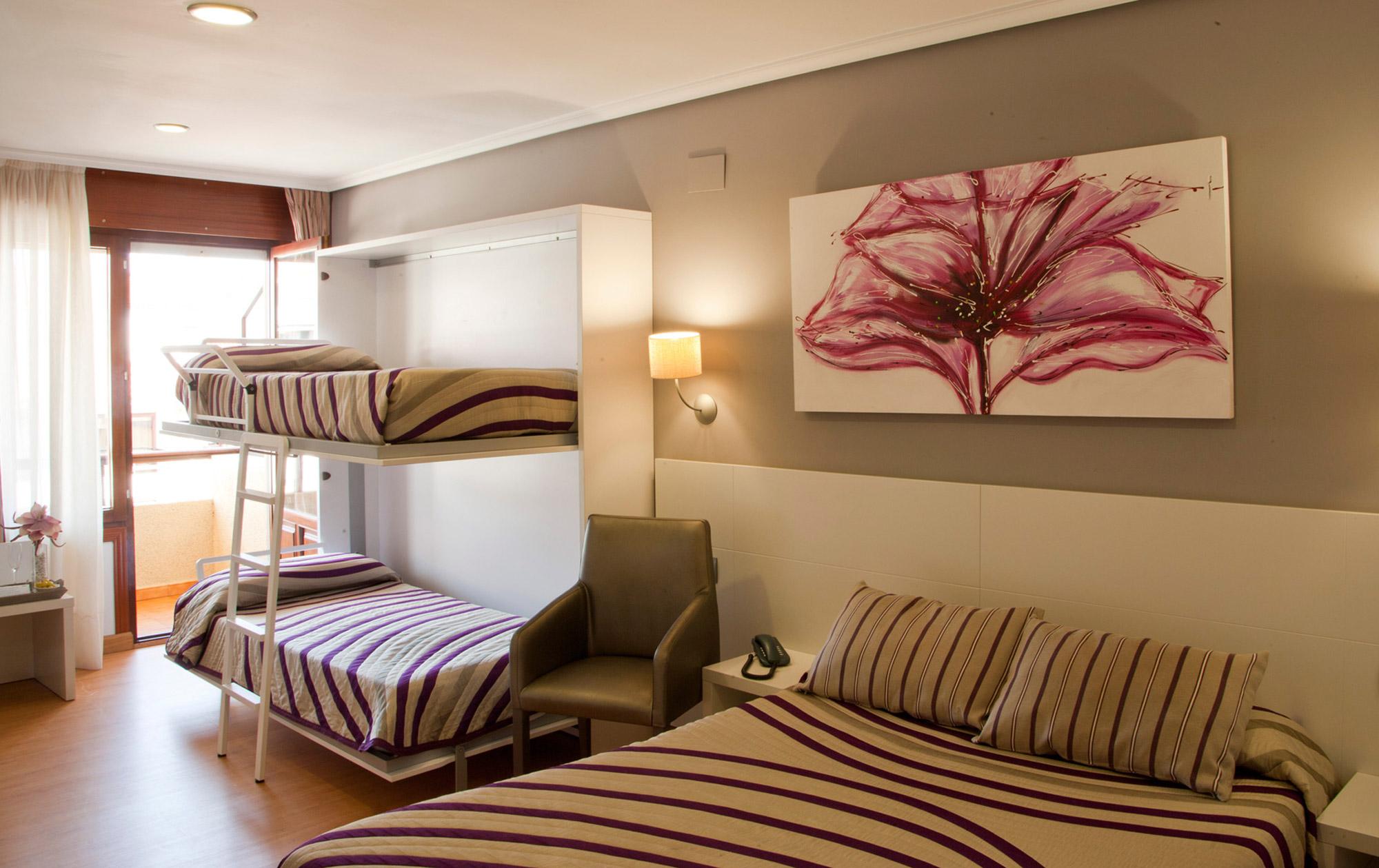 hotel-las-olas-noja-habitacion-familiar