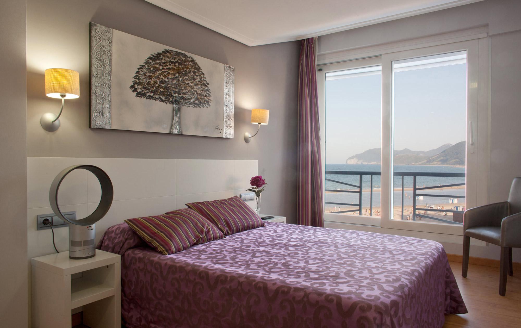 hotel-las-olas-noja-habitacion-vistas-mar