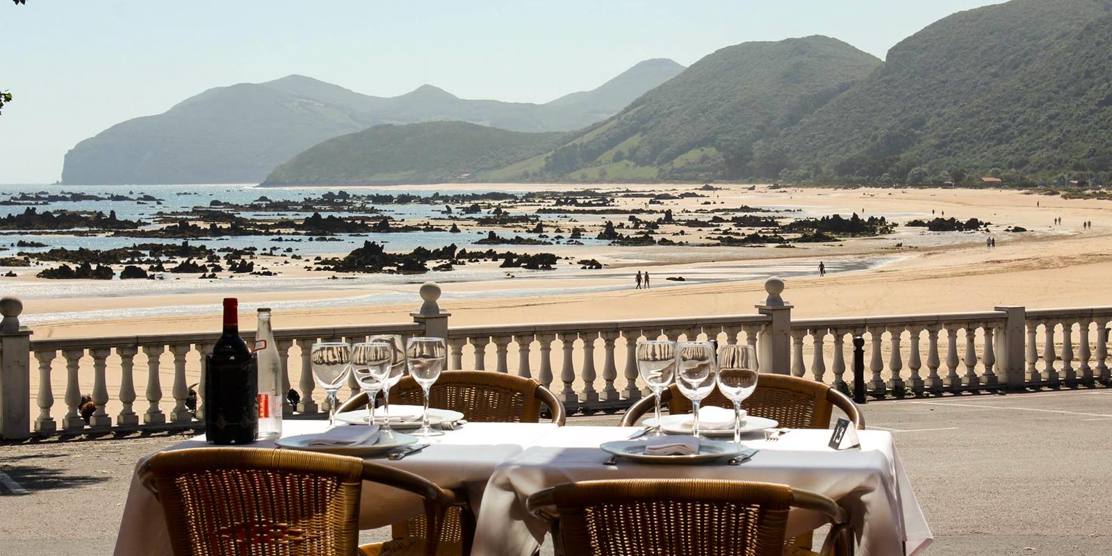 Terraza Restaurante en Noja